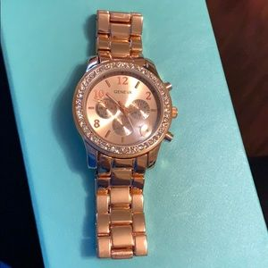 Accessories - $ALE! NWOT! Rose gold watch